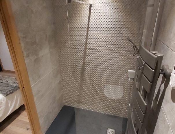 Salle de bain cœur de station les saisies et pied des pistes